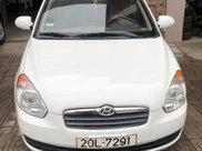 Cần bán xe Hyundai Verna sản xuất 2009, màu trắng, nhập khẩu nguyên chiếc còn mới0
