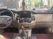 Cần bán lại xe Toyota Innova đời 2015, giá 435tr4