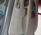 Chính chủ cần bán xe Toyota Camry 20012