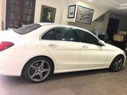 Cần bán xe Mercedes C300 AMG sản xuất 20153