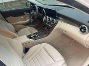 Chính chủ bán Mercedes C200 Exclusive năm 2020, màu trắng còn mới6