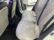 Cần bán lại xe Kia Rio đời 2016, màu trắng3