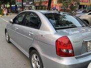 Bán Hyundai Verna đời 2010, màu bạc xe gia đình7