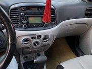Bán Hyundai Verna đời 2010, màu bạc xe gia đình5