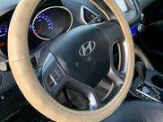 Cần bán xe Hyundai Tucson sản xuất năm 2010, màu đỏ, xe nhập8