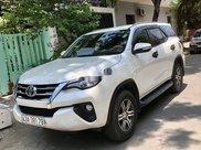 Cần bán gấp Toyota Fortuner sản xuất 2017, nhập khẩu nguyên chiếc còn mới2