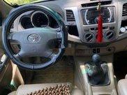 Cần bán Toyota Fortuner sản xuất 2011 còn mới5