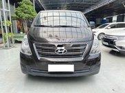 Bán Hyundai Grand Starex năm sản xuất 2016, màu đen, giá chỉ 615 triệu0