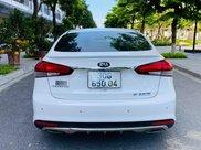 Bán Kia Cerato 1.6AT sx 2017 màu trắng5