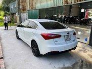 Cần bán lại xe Kia K3 năm sản xuất 2014, màu trắng còn mới2