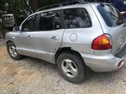 Cần bán gấp Hyundai Santa Fe năm 2003 còn mới giá cạnh tranh4