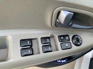 Bán xe Kia Rio sản xuất 2017, màu trắng, nhập khẩu 3
