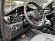 Xe Mercedes V Class sản xuất 2019, màu đen, giá tốt9