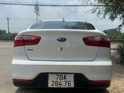 Bán xe Kia Rio sản xuất 2017, màu trắng, nhập khẩu 2