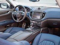 Đánh giá xe Maserati Ghibli S có nhiều chi tiết thiết kế tinh xảo, hiện đại.