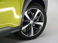 Đánh giá xe Hyundai Kona 2018: Xe có tùy chọn lazăng 15 và 16 inch.