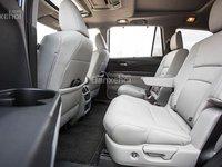 Đánh giá xe Honda Pilot 2018: Hàng ghế thức 2 với khoảng để chân rộng a1