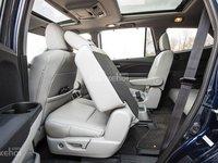 Đánh giá xe Honda Pilot 2018: Hàng ghế sau điều chỉnh nghiêng, trượt thuận tiện cho việc ra/vào xe a1
