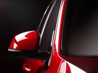Đánh giá xe VinFast LUX SA2.0: Gương chiếu hậu chỉnh gập điện tích hợp đèn báo rẽ...