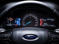 Đánh giá xe Ford Everest Titanium 2.0L Bi-Turbo 2019: Cụm đồng hồ.
