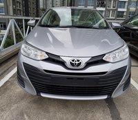 """""""Hot"""" Toyota Vios 1.5E số sàn - Tặng 1 năm bảo hiểm và quà tặng theo xe - đưa trước 140 triệu"""