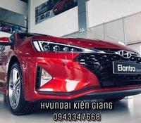 Cần bán xe Hyundai Elantra năm sản xuất 2019, màu đỏ, giá 580tr