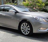 Cần bán Hyundai Sonata đời 2012, màu bạc, nhập khẩu