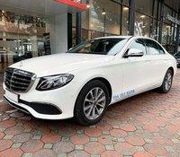 Bán Mercedes E200 model 2020 màu trắng biển đẹp - Xe chính hãng đã qua sử dụng
