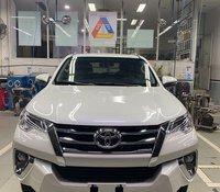 Cần bán xe Toyota Fortuner đời 2020, màu trắng