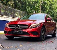 Mercedes-Benz C180 hoàn toàn mới, giá tốt nhất thị trường, xe có sẵn, giao ngay, hỗ trợ mọi thủ tục đến khi KH nhận xe