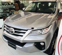 Bán Toyota Fortuner sản xuất năm 2020, màu bạc