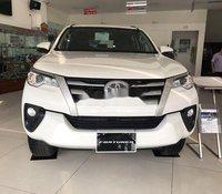 Bán Toyota Fortuner năm sản xuất 2020, màu trắng