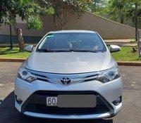 Cần bán lại xe Toyota Vios 2016, màu bạc, xe gia đình