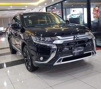 Bán Mitsubishi Outlaneder hỗ trợ trả góp, hỗ trợ lái thử, gọi ngay được giá tốt nhất