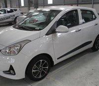 Cần bán Hyundai Grand i10 đời 2020, màu trắng