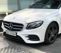 Mercedes-Benz E300 model 2020 AMG cũ, màu trắng duy nhất, khuyến mãi chính hãng