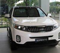 Bán ô tô Kia Sorento 2.4 Deluxe sản xuất 2020, màu trắng, 799 triệu