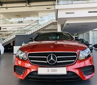 Mercedes E300 AMG - khuyến mãi lớn