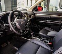 Xả lô Mitsubishi Outlander 2020, giá chỉ 795 triệu