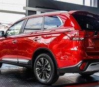Mitsubishi Outlander giá tốt nhất, khuyến mại tiền mặt + quà tặng