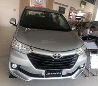 Bán Toyota Avanza 7 chỗ nhập khẩu, màu bạc, giao ngay
