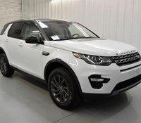 Bán xe LandRover Discovery SE sản xuất 2020, màu trắng, xe nhập