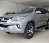 Cần bán xe Toyota Fortuner đời 2017 2.7 2 cầu, biển Sài Gòn