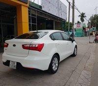 Cần bán xe Kia Rio đời 2015 còn mới, giá chỉ 300 triệu