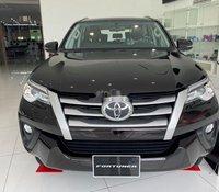 Bán Toyota Fortuner đời 2019, màu đen giá cạnh tranh