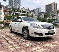 Bán Nissan Teana 2.0AT năm 2010, màu trắng, nhập khẩu, giá tốt