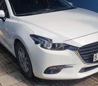 Cần bán Mazda 3 1.5 đời 2019, màu trắng còn mới
