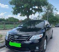 Bán Toyota Corolla Altis 2013, màu đen còn mới