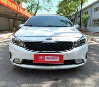 Cần bán gấp Kia Cerato 2.0 sản xuất năm 2016, màu trắng, giá thấp, giao xe nhanh