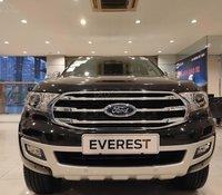 Mua xe trả góp lãi suất thấp chiếc Ford Everest 2.0L AT Single Turbo Titanium, đời 2020, giao nhanh